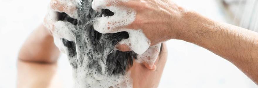 Choisir un shampoing efficace contre le psoriasis