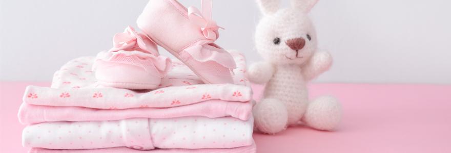 Choisir des vêtements de sa fille